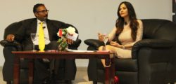 AURAK Hosts Lecture on the World Economy